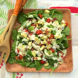 BLT_Spinach_Salad_with_Avocado_Chive_Dressing_submit