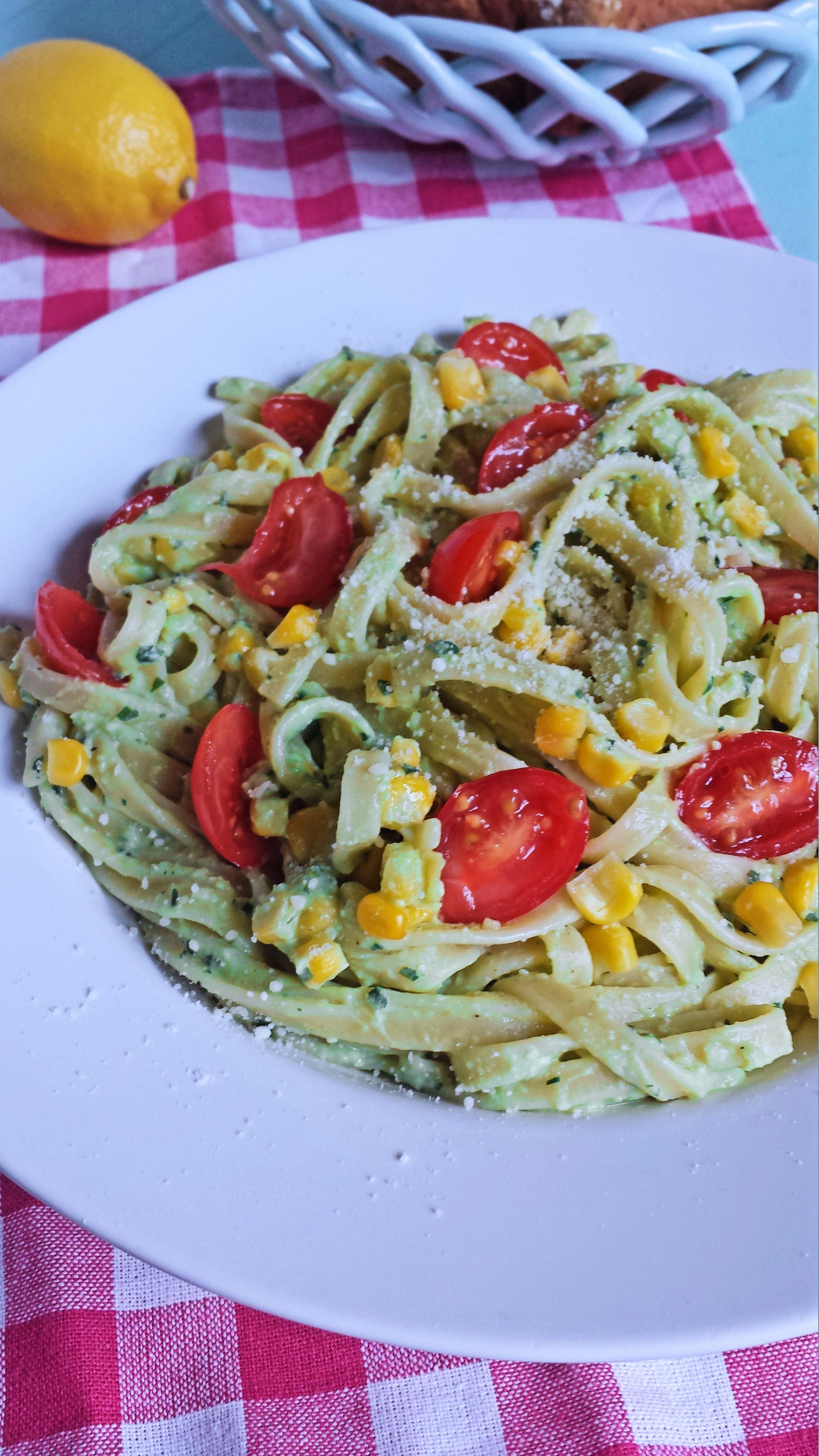 avocado pasta 1