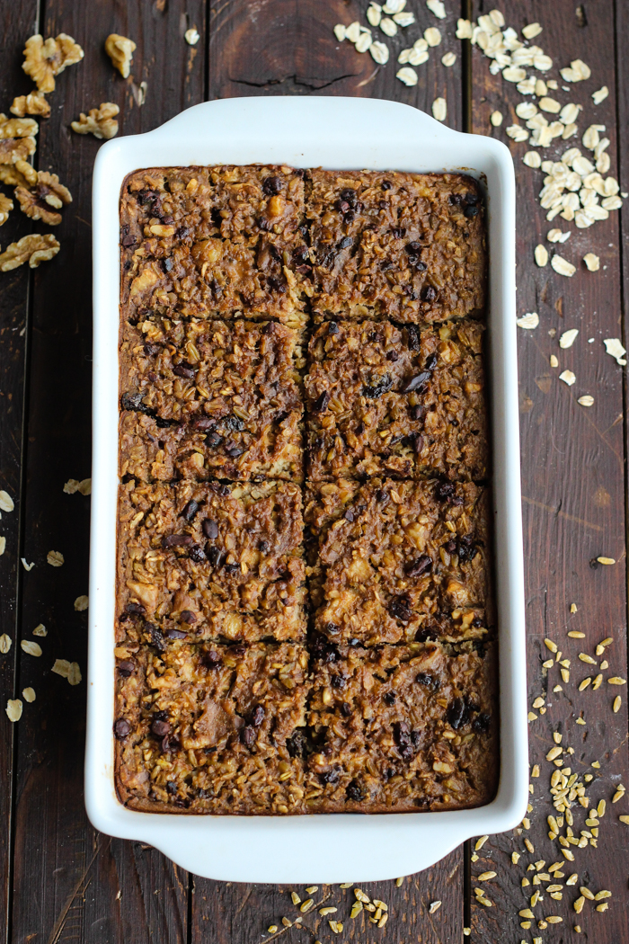 Oatmeal-and-Freekeh-Breakfast-Bake-with-cacao-nibs-walnuts-and-raisins-The-Yooper-Girl
