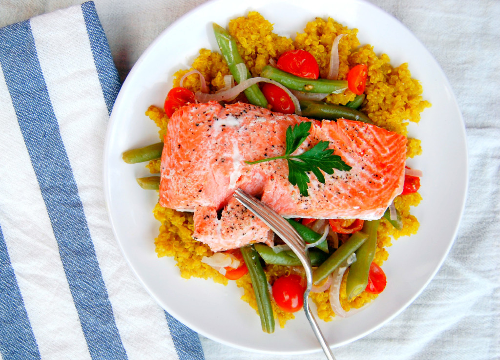 Foil-Packet-Salmon-a-30-minute-dinner-recipe-uprootfromoregon.com_-1024x737