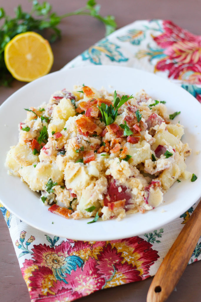 A tangy traditional German potato salad topped with oven-baked bacon and fresh parsley. The unique ingredient in this German potato salad is siggi's Fig & Lemon Zest skyr.