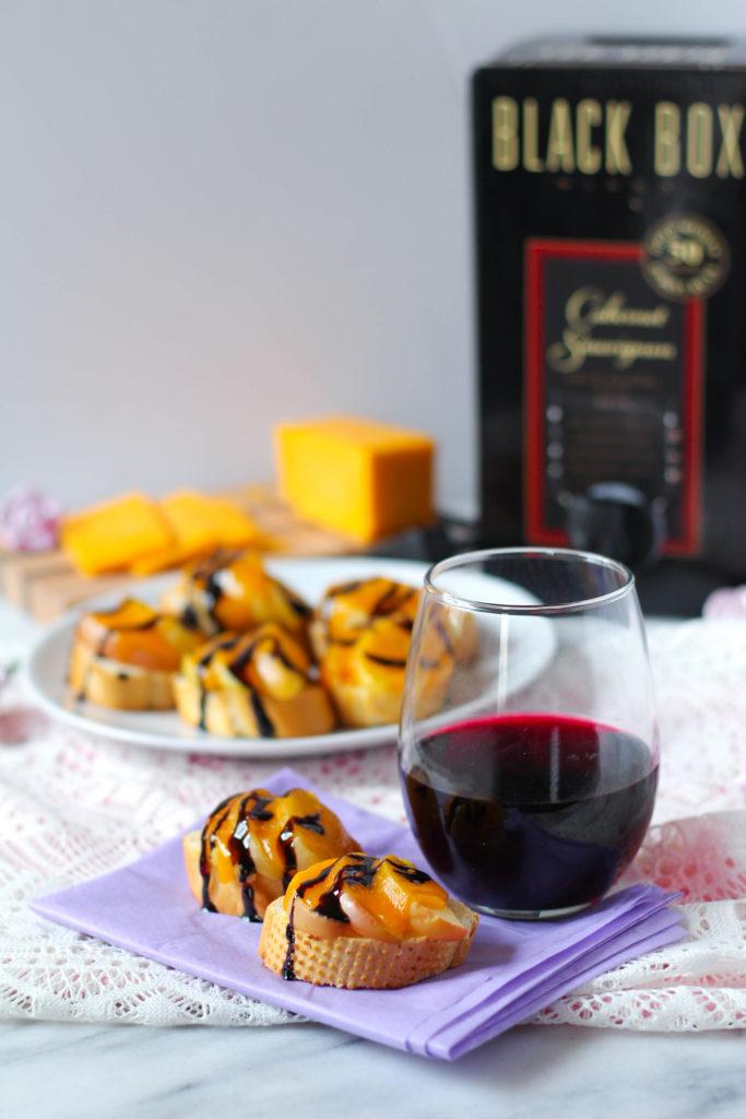 Wine Pairings: Mini Cheddar & Apple French Bread Bites + Cabernet
