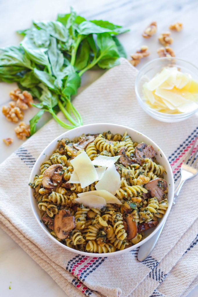 Chunky Walnut Pesto Pasta with Sauteed Baby Portobello Mushrooms | Zen & Spice