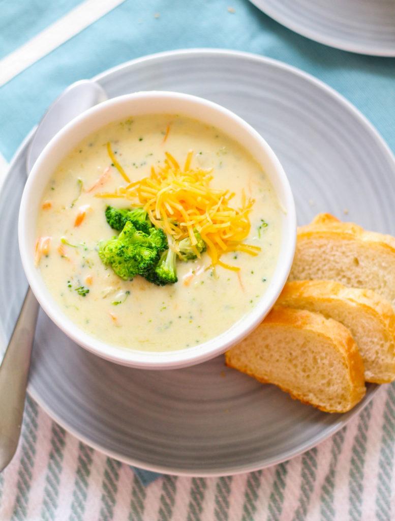 Copycat Panera Broccoli Cheddar Soup   Cheesy broccoli soup   Quick weeknight soup