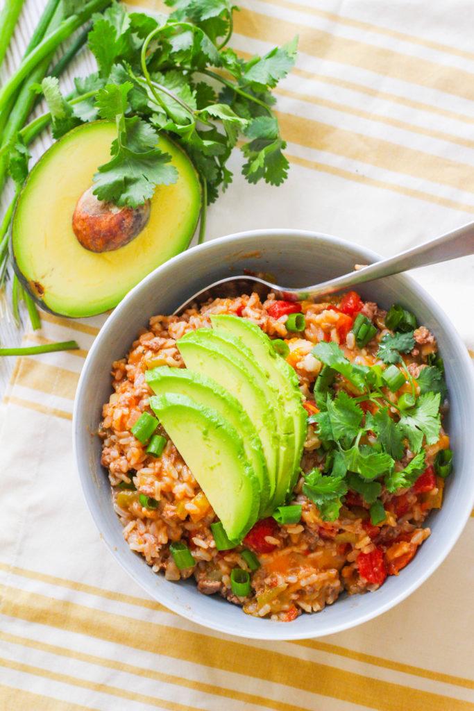 Cheesy Beef Rice Skillet | Mexican skillet recipe | Easy Weeknight recipe | Cinco de Mayo recipe