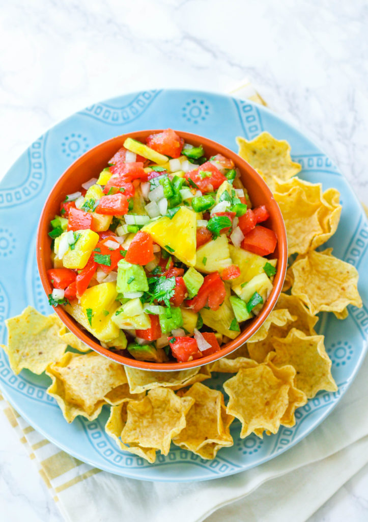 Pineapple Avocado Salsa | Pineapple salsa | Healthy salsa recipe | Summer salsa recipe | Summer recipe | Barbecue recipe | Cookout recipe