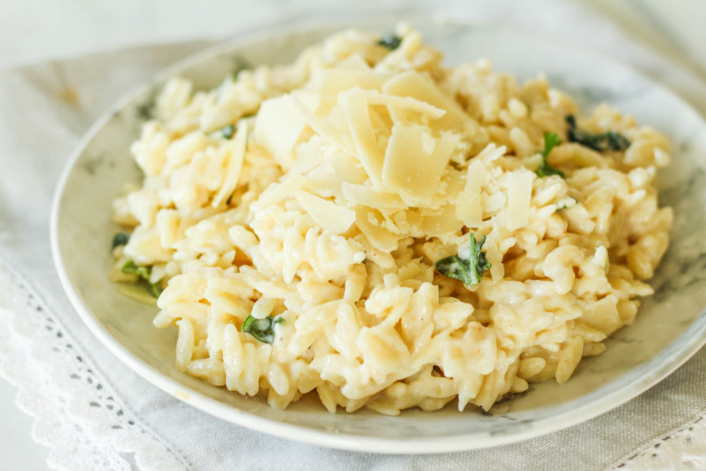 Creamy Parmesan Orzo | Orzo pasta | Weeknight pasta | Dinner recipe | Cheesy pasta | Cheesy pasta recipe